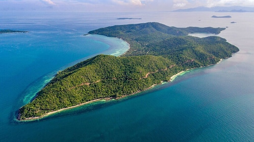 4 Islands Sightseeing and Snorkeling Trip From Koh Samui
