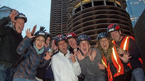 Group on an evening tour of Chicago