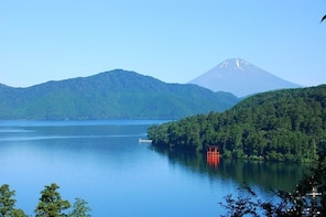 Virtual Tour of Mt.Fuji & Hakone highlights