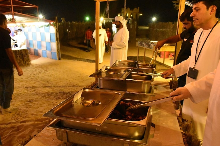 Desert Safari 4x4 with BBQ Dinner from Dubai with Gray Line