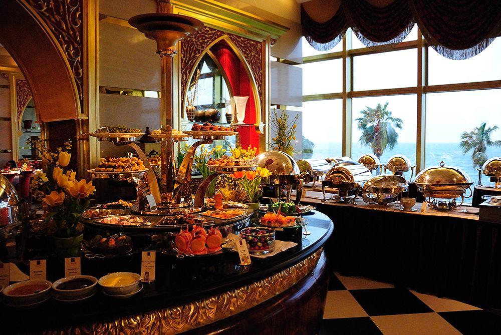 Dine at Burj Al Arab - Al Iwan with discover Dubai by night
