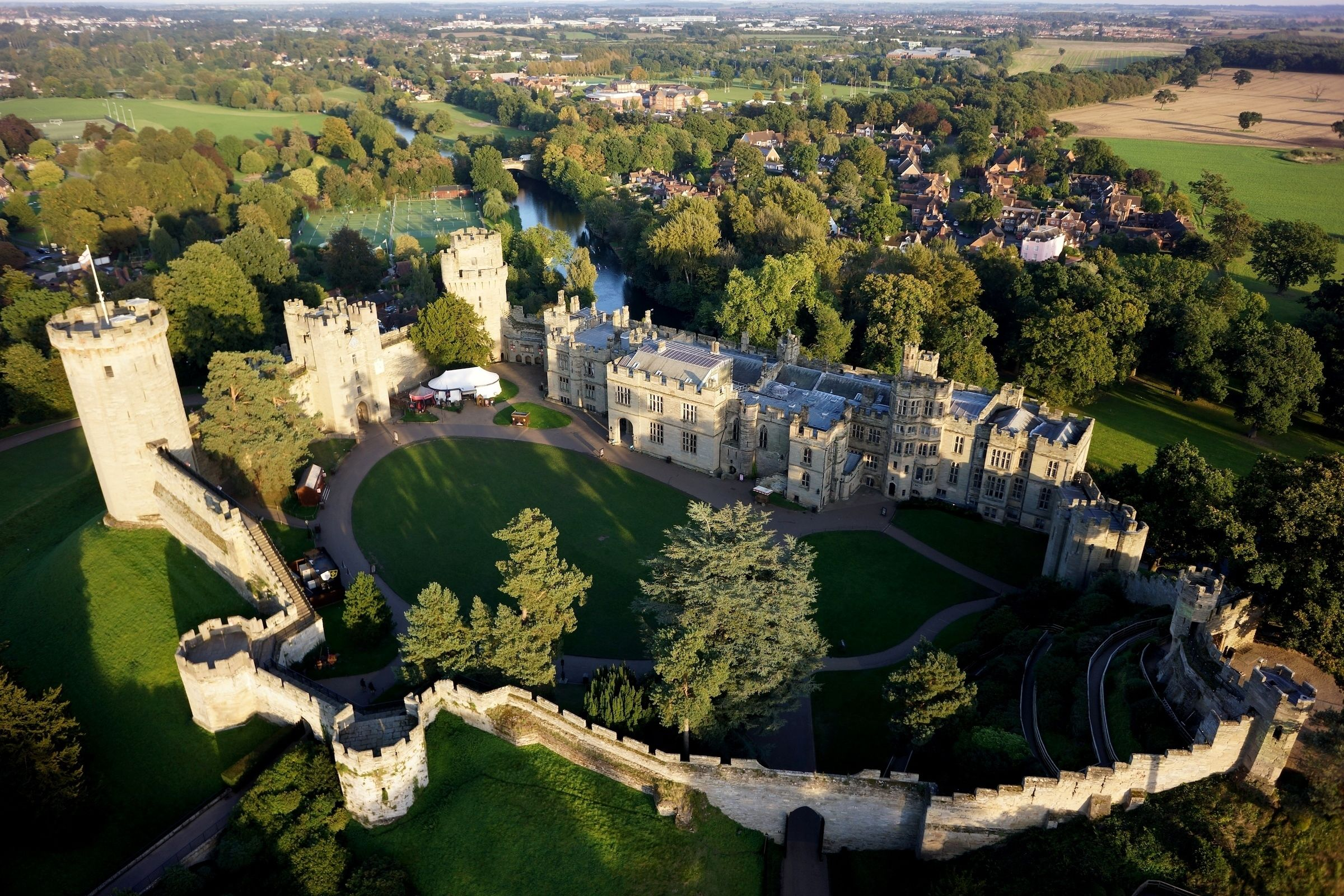 Warwick Castle Shakespeares England Oxford & the Cotswolds with Admission