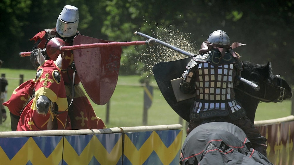 Medieval sword fight at the Warwick Castle in London