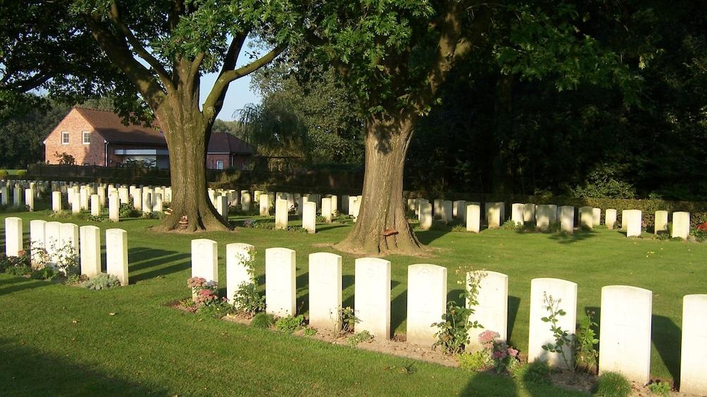 Charger l'élément 5 sur 5. New Zealand cemetery and farm house in Belgium