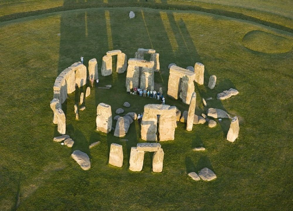 Stonehenge Inner Circle, Oxford & Windsor Day Tour