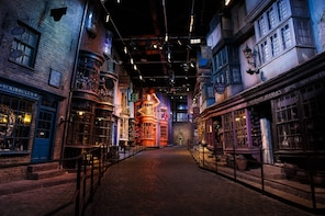 Warner Bros. Studio Tour London - The Making of Harry Potter Day Tour