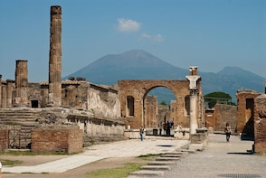 Full-Day Pompeii & Herculaneum Tour from the Amalfi Coast