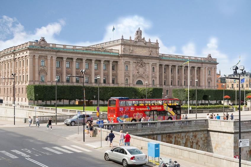 Lataa valokuva 2 kautta 10. Stockholm Hop-On Hop-Off Bus Tour