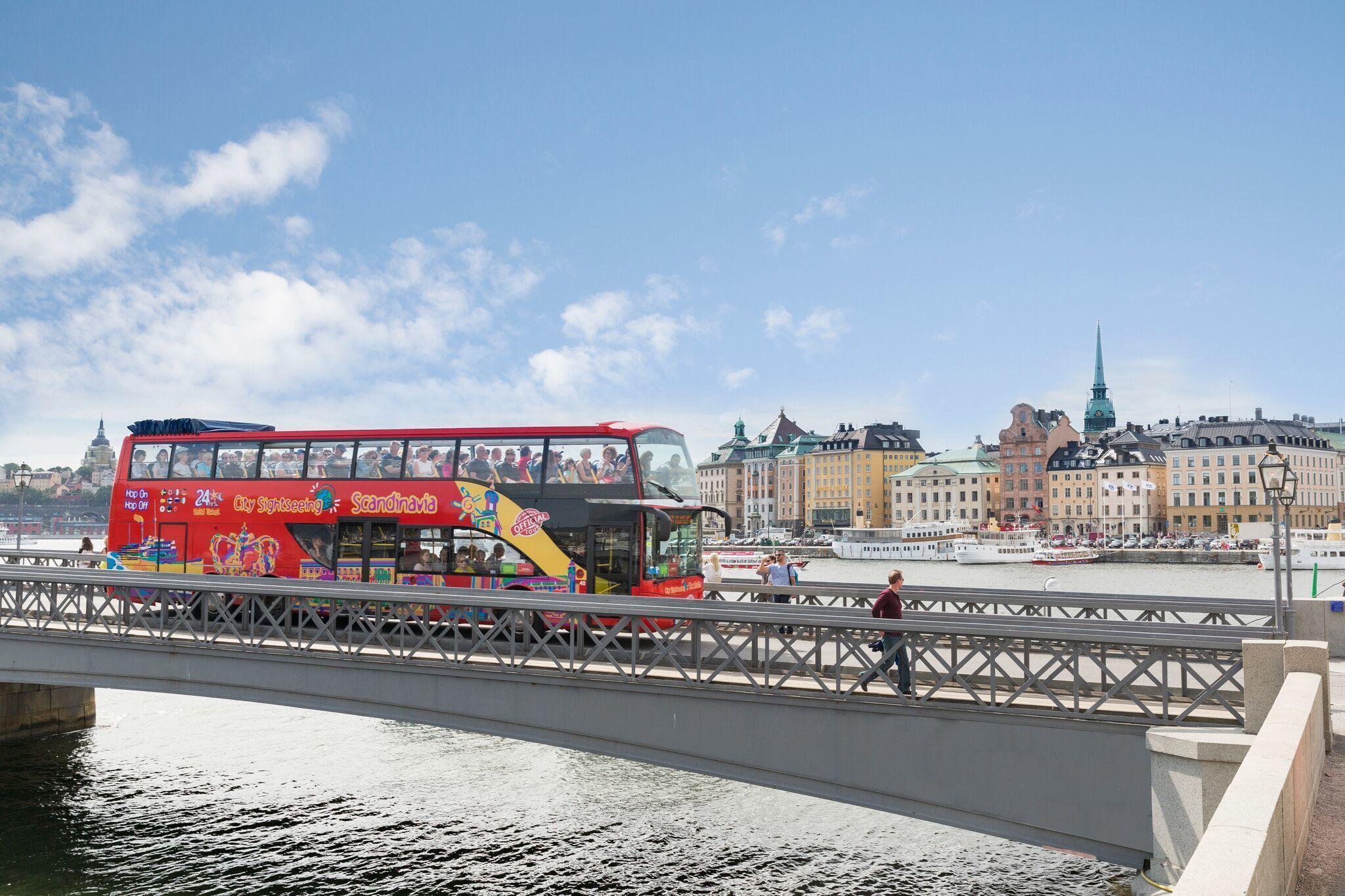 Visita a Estocolmo en el autobús turístico City Sightseeing