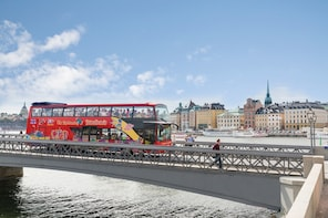 Hop-on, hop-off-bustour door Stockholm