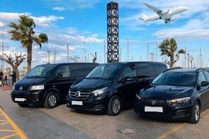 T. F. Green State Airport (PVD) to Providence - Round-Trip Private Transfer