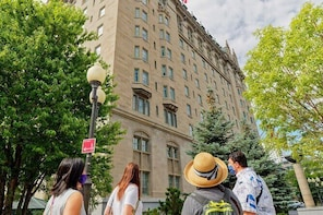 Private Guided Walking Tour of Winnipeg's Historic Centre