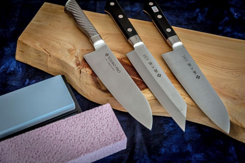 Choose and Sharpen a Japanese Knife in Nagoya With an Expert