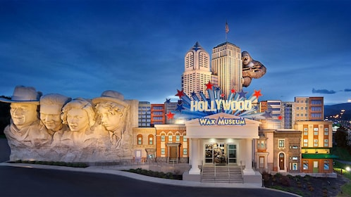 Panoramic view of the Hollywood Wax Museum - Pigeon Forge