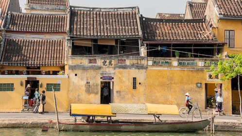 Houses and buildings in Hoi An