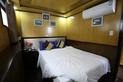 Double cabin on 8 cabins.JPG