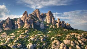 Visita privada a Montserrat y la bodega Codorníu