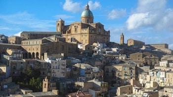 Tour di Piazza Armerina e Agrigento di una giornata intera con partenza da ...