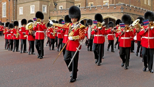royal guards marching in London