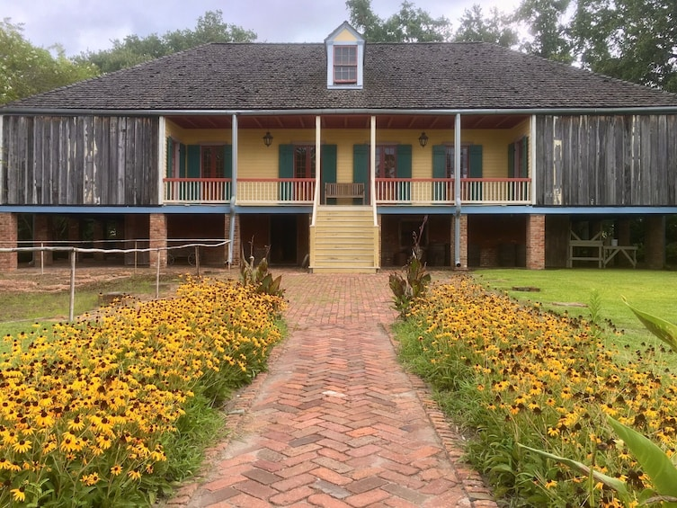 Show item 2 of 8. Small-Group Tour of St Joseph Plantation & Laura Plantation