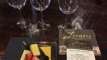 Private Full-Day Temecula Wine Country Tour