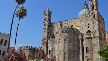 I sovrani e il popolo: tour a piedi di Palermo (mezza giornata)