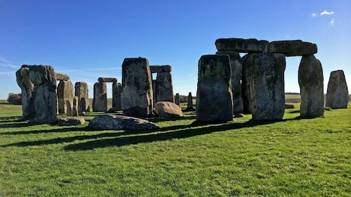 visiting the Stonehenge in London