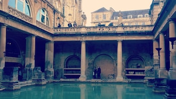Private Tour of Bath, Stonehenge & Salisbury