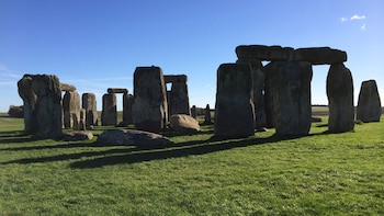 Private Tour of Stonehenge & Bath