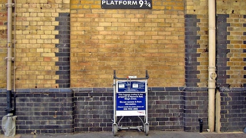 train platform set from the movie Harry Potter in London