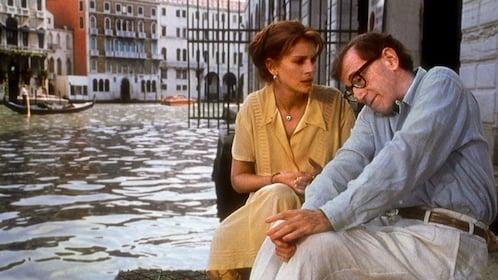 A still from a movie with Julia Roberts and Woody Allen