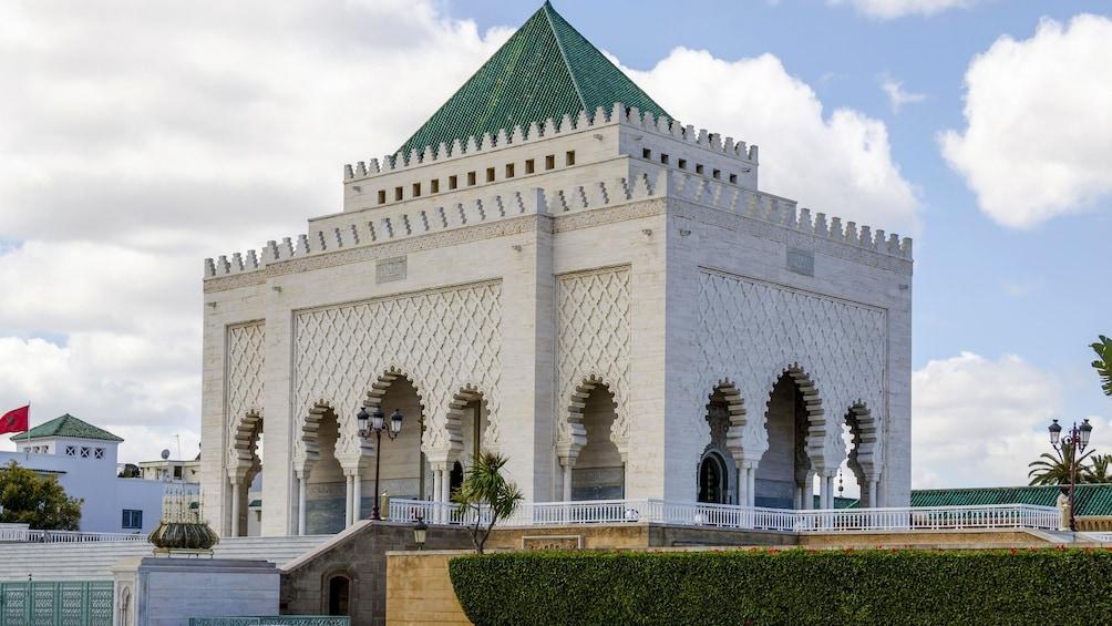 Charger l'élément 2 sur 5. Mausoleum of Mohammed V