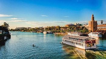 Crucero panorámico por el río Guadalquivir