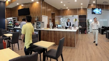 Mera Business Lounge at Cancun International Airport