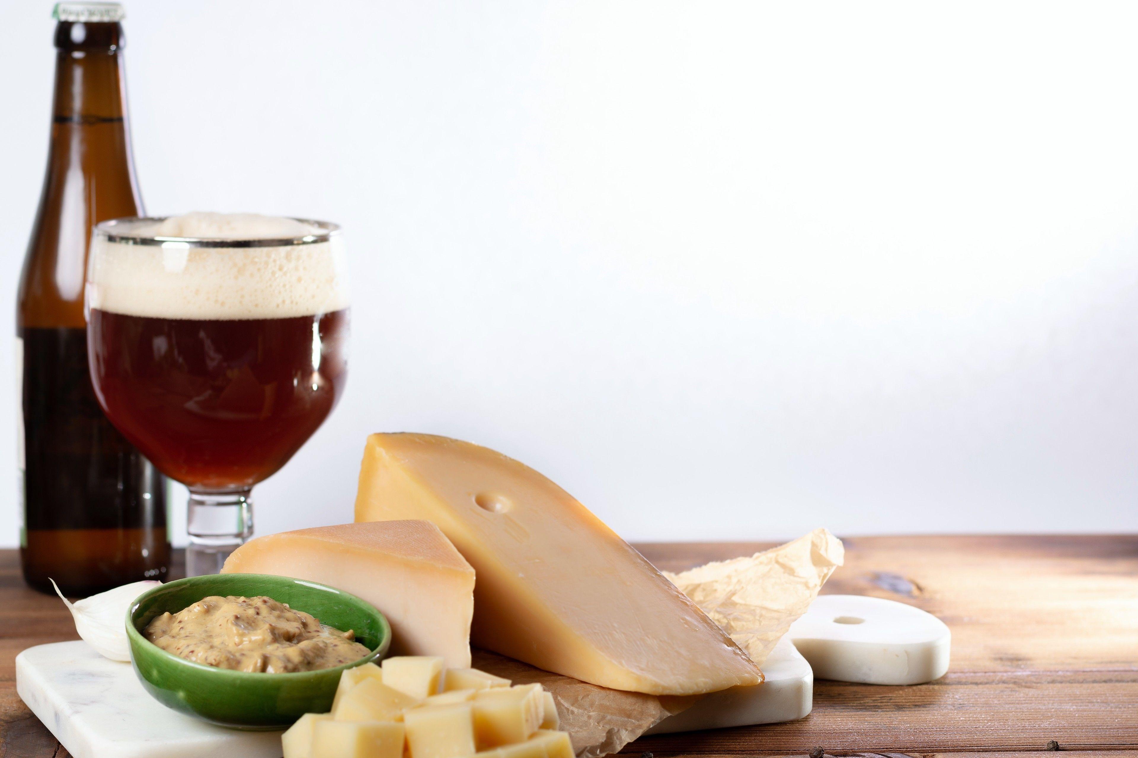 Belgisches Bier mit passendem Essen in Brüssel