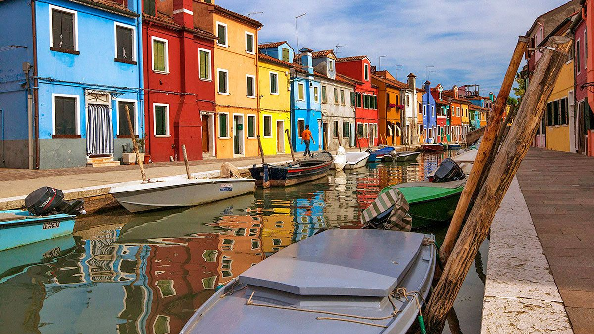 Murano & Burano: 2 Islands of the Lagoon Tour
