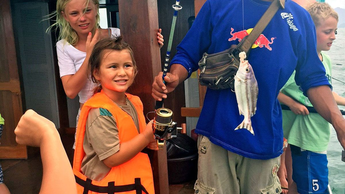 Full-Day Fresh and Saltwater Fishing Tour with Lunch