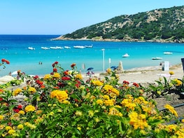 Costa Smeralda Sightseeing Tour in Sardinia: Small Group