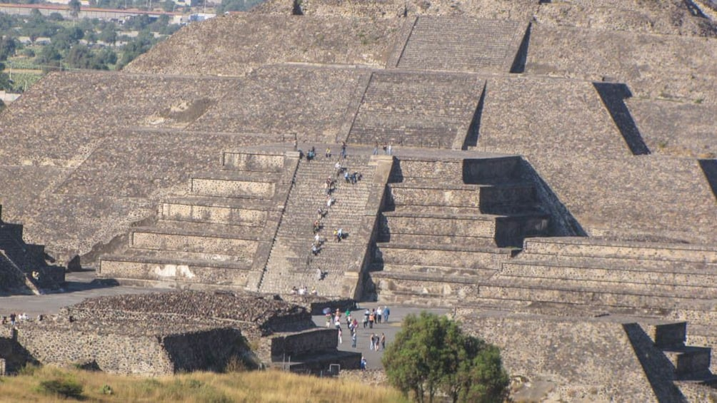 Close up of Teotihuacan structure.