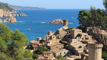 Costa Brava Excursion: Tossa de Mar & Lloret de Mar