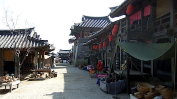MBC Dae Jang Geum Park Historical Drama Set Half-Day Tour