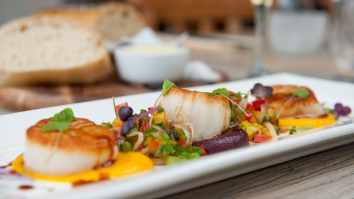 plate of scallops to enjoy