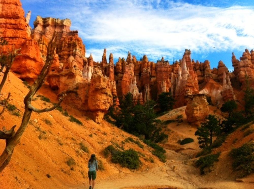 Hiking in Bryce with Bindlestiff Tours.JPG