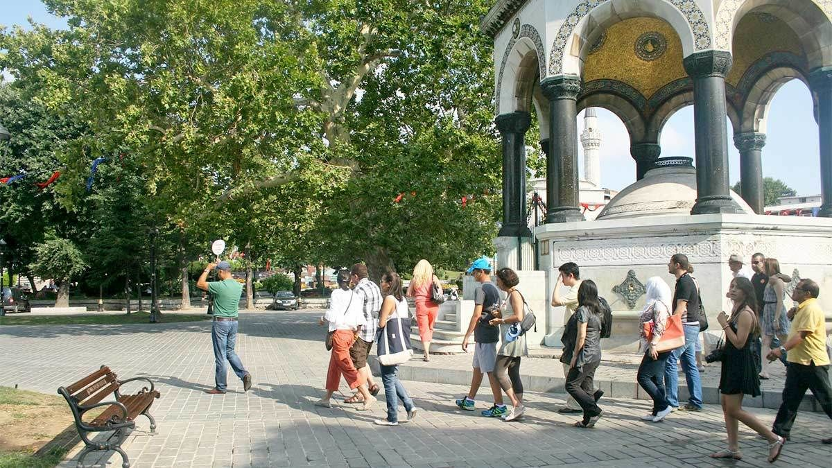 Group tour in Istanbul