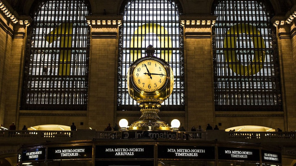Show item 4 of 10. Grand Central Station