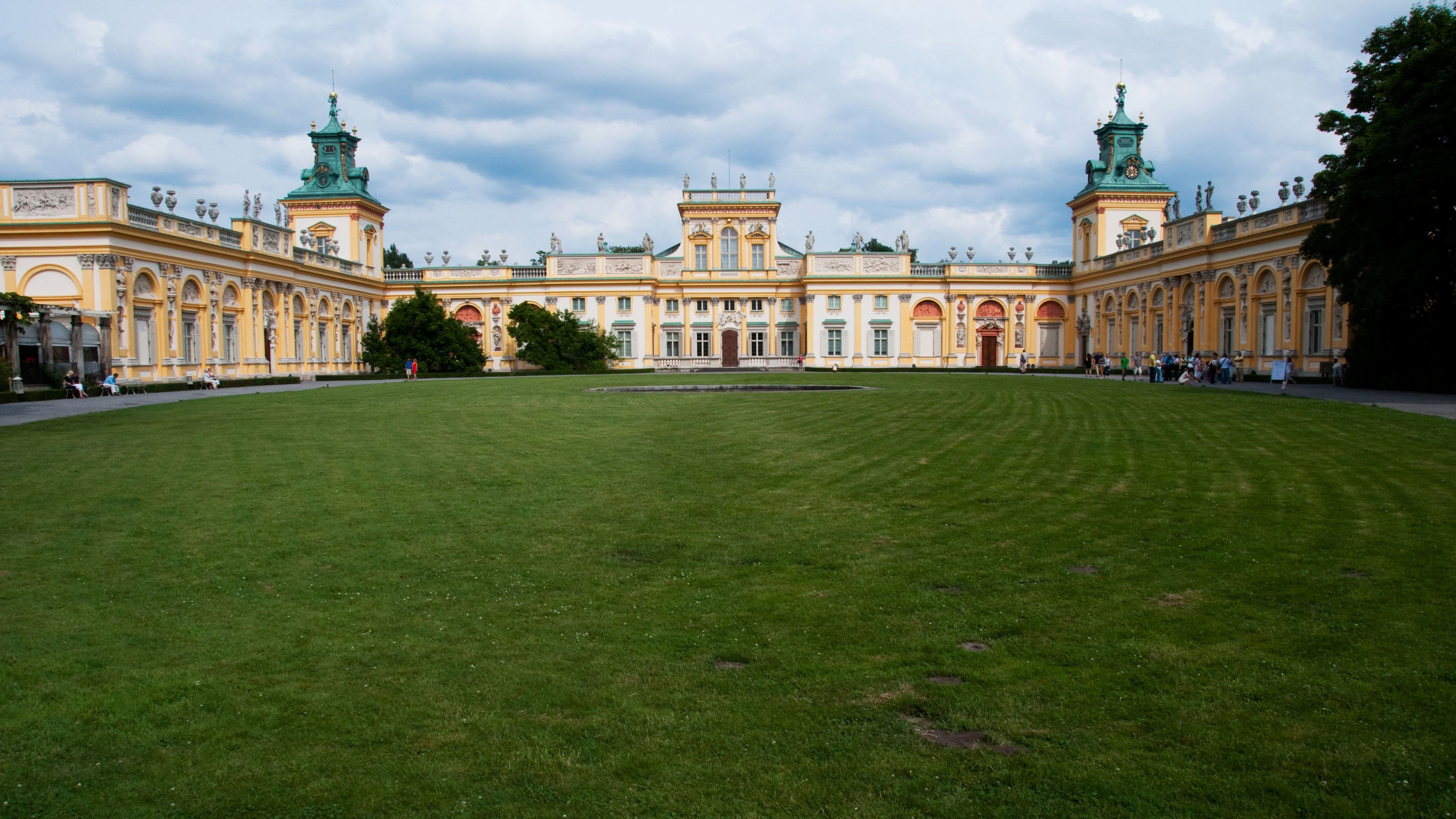 Sprawling grounds in front of Wilanow Palace in Warsaw