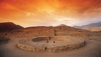 Full-Day Caral Pyramids Tour with Lunch