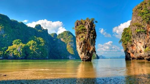 stall standing rock island in Phuket