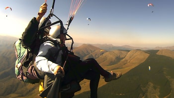 Tandem Paragliding Experience in the Roman Countryside