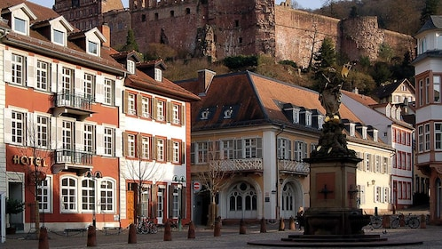 Statue and buildings in the town of Heidelberg